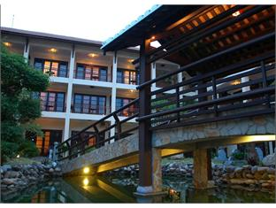 River Beach Resort & Spa