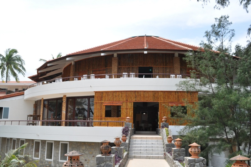 Stork Village (Làng Cò) Resort